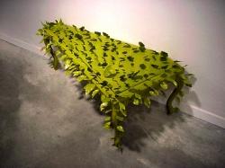 Mesa de hojas con miedo escénico